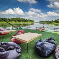 Tara Coffee (ธารา คอฟฟี่) สถานที่พักผ่อนสุดชิลริมแม่น้ำแม่กลอง จ.ราชบุรี