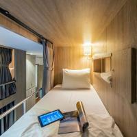 The Posh Phayathai a luxury hostel