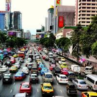 คมนาคมทุ่ม 2.8 แสนล้าน แก้กรุงเทพรถติดใน 10 ปี ชี้ไม่ลงทุนเพิ่มจะเหยียบได้แค่ 20 กม.ต่อชม.