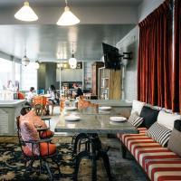Faiz's ร้านอาหารไทยรสเด็ด ตั้งอยู่ที่ Maison 53 ในซอย สุขุมวิท53
