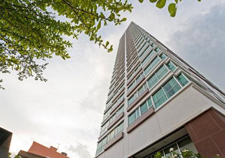เช่าคอนโดราชเทวี พญาไท : ถูกมาก ราคาดี !! ให้เช่าคอนโด The Address Phayatahai Size 65 sqm(2bedroom/1Bathroom) fully furnished, ในราคา 30,000 บาท/เดือน