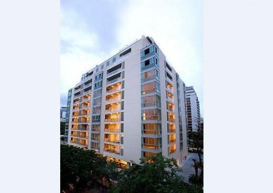 For SaleCondoSilom, Saladaeng, Bangrak : Very good price, 130 sq m. 3 bedrooms, The Legend Saladaeng / 088-698-7956.