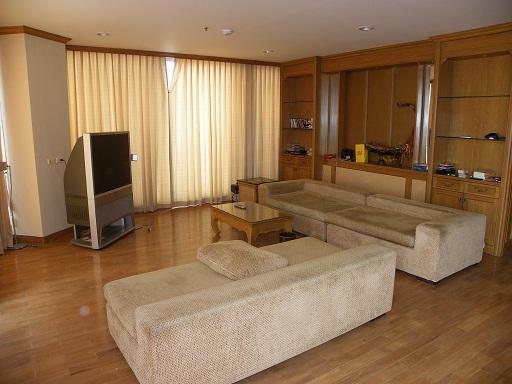 เช่าคอนโดพระราม 3 สาธุประดิษฐ์ : River Heaven Condominium Chaopraya Rvier View  For Rent: ฿ 70,000 per month