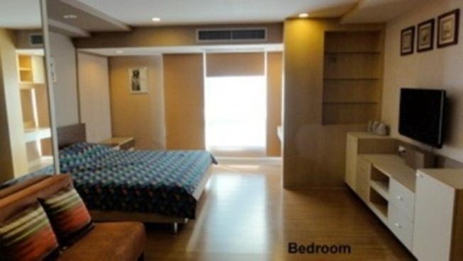 For RentCondoNana, North Nana,Sukhumvit13, Soi Nana : Urgent Rent / Sale Trendy Condo 1 Bed 2 Bathrooms highfloor + Very Nice decoration