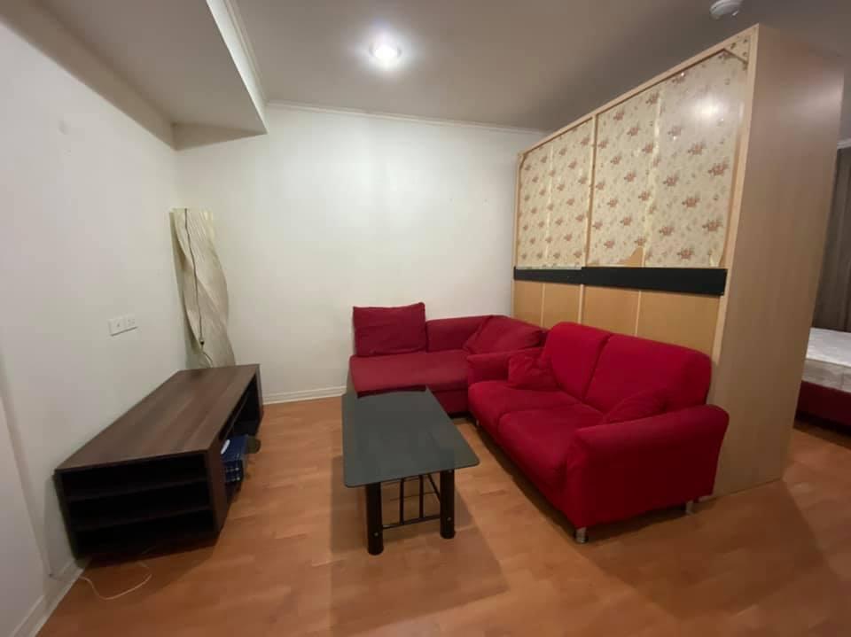 เช่าคอนโดรัชดา ห้วยขวาง : ให้เช่า คอนโด ลุมพินี วิลล์ ศูนย์วัฒนธรรม [ For Rent Condo Lumpini Ville Cultural Center ] - ห้องสตูดิโอ 1 ห้องน้ำ 1 ห้องครัว - อาคาร A ชั้น 4 ขนาด 30 ตรม - เฟอร์นิเจอร์ครบ พร้อมย้ายเข้า  ค่าเช่า 8,000 บาท/เดือน