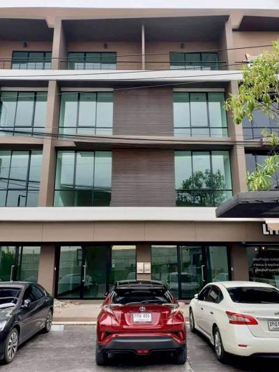 เช่าสำนักงานพัฒนาการ ศรีนครินทร์ : New!! Office Pattanakarn-Onnut for rent ** ให้เช่าออฟฟิต พัฒนาการ-อ่อนนุช **