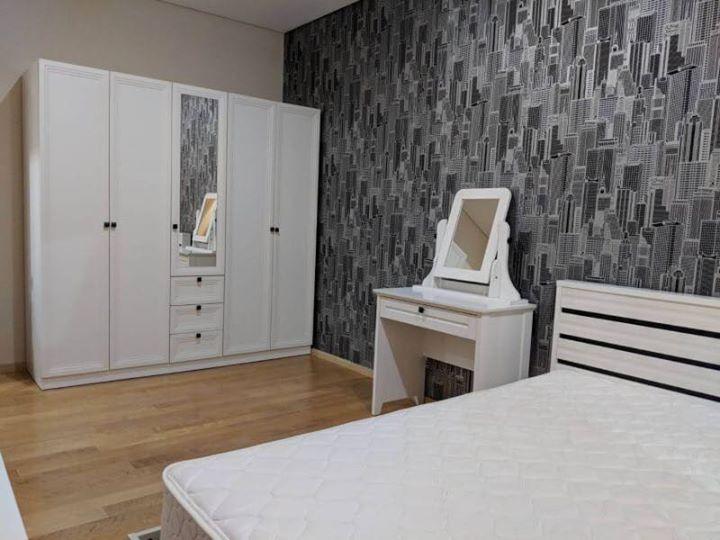 For Rent! Villa Asoke (FL.16)