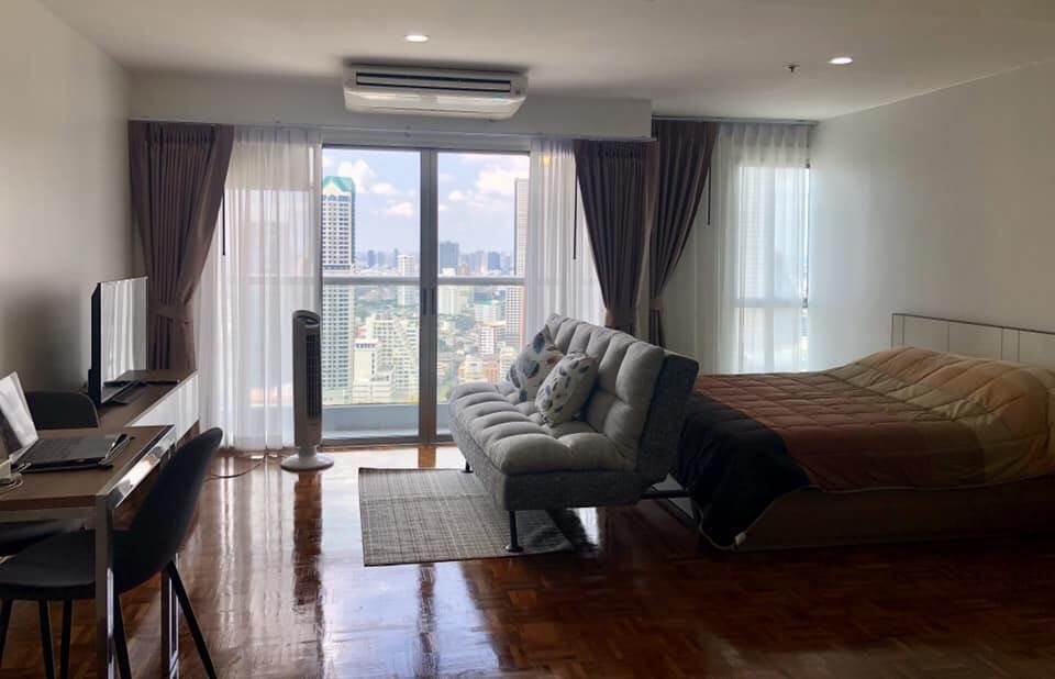 For RentCondoSilom, Saladaeng, Bangrak : For rent, Silom Suite Condo, Sathorn 12, size 39, Studio, 30 ++ floor, price 21,000 / month 095-9571441