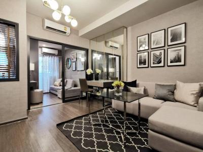 For RentCondoSapankwai,Jatujak : For rent, 2 bed 1 bath, 47 sqm, north view, not hot view, Chatuchak Park view 25,000 per month 150 m BTS Saphan Khwai