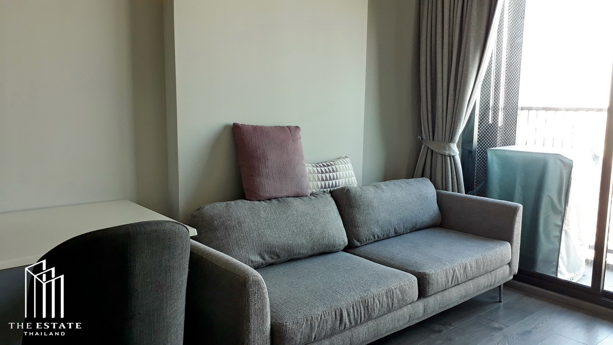 For RentCondoLadprao, Central Ladprao : Condo for SALE *Whizdom Avenue Ratchada-Ladprao, high floor room, north, beautiful decoration, new life in the heart of the city. On Lat Phrao Road, Cut Ratchada @17,000 Baht