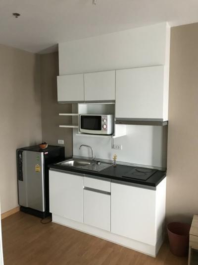 For RentCondoBang kae, Phetkasem : Cheap rent, Parkland, Bang Khae, 32 sq.m., 1 bed, 1 bath, 9,000 baht / washing machine.