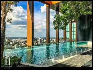 For RentCondoLadprao, Central Ladprao : Condo for RENT *** Whizdom Avenue Ratchada-Ladprao *** High floor, front view of the project, beautiful room, well decorated @16,000 Baht