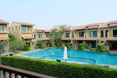 For SaleTownhouseCha-am Phetchaburi : 2-story townhome for sale in Issara Village, Cha Am-Hua Hin, 4.2 million baht