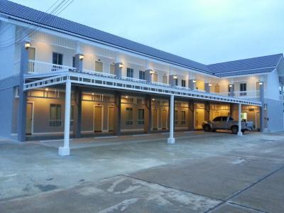 ขายขายเซ้งกิจการ (โรงแรม หอพัก อพาร์ตเมนต์)อุดรธานี : ขาย อพาร์ตเม้น หอพัก จ.อุดรธานี ใน เมืองอุดรธานี เนื้อที่ 288 ตรว. พร้อมเฟอร์นิเจอร์ครบครัน ขายกิจการอพาร์ทเม้นท์ในตัวเมืองอุดรธานี พร้อมผู้เช่า ถนนอุดร-หนองใส ต.หนองบัว อ.เมือง จ.อุดรธานี