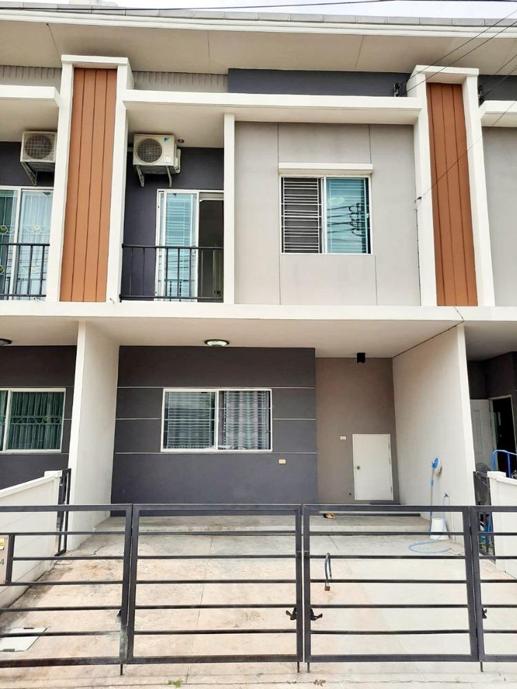 For RentHouseBangna, Lasalle, Bearing : *** For rent, Pleno Srinakarin (near BTS Bearing), 3 bedrooms in front of the garden