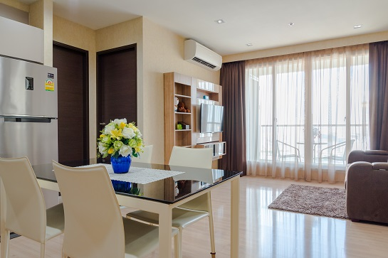 For SaleCondoSathorn, Narathiwat : Direct owner For sale or rent, 2 bedrooms, very high floor, river view, 67 sqm. Good price and best value in this location