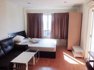 For RentCondoRamkhamhaeng, Hua Mak : For rent, Condo Lumpini Ville Ramkhamhaeng 44, size 28 sqm., 12th floor, Tuk A, fully furnished, electricity 6,800 baht