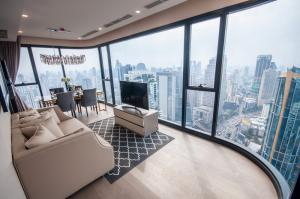 Ashton Asoke 2 Bed 2Bath Floor 41 64.11 Sq.m.  for sale