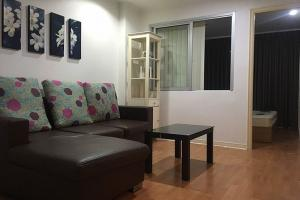 For RentCondoRatchadapisek, Huaikwang, Suttisan : Condo for rent, Lumpini Ville, Cultural Center (Lumpini Ville Cultural Center), Meng Jai Intersection - 1 kitchen, 1 bathroom, fully furnished, ready to move in - Size 35 sq.m., Building E, 4th floor, rent 10,000 baht (Minimum 1 year lease contract)