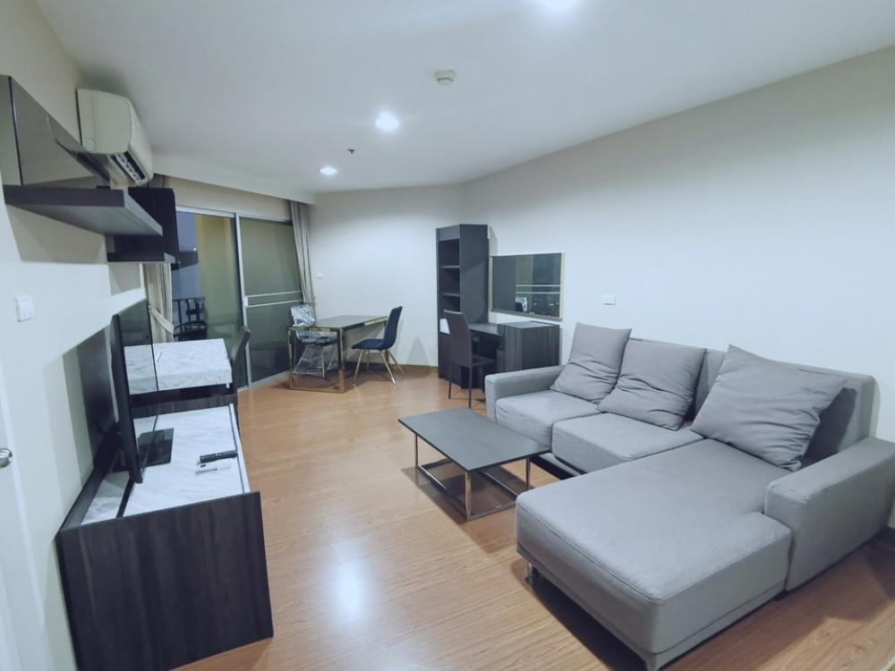 เช่าคอนโดพระราม 9 เพชรบุรีตัดใหม่ : New Modern Room ให้เช่า Belle Grand RAMA9 1Bedroom50sqm Type ยอดนิยม รูปห้าเหลี่ยม ห้องนั่งเล่นกว้างที่สุด วิวสวย เตียง6ฟุต Functional Room