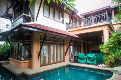 ขายบ้านพัทยา ชลบุรี : ขาย บ้าน ทรงไทย ธาราวดี พัทยา พร้อมสระว่ายน้ำ ชลบุรี 117ตรว. 5นอน 6น้ำ วิวทะเล