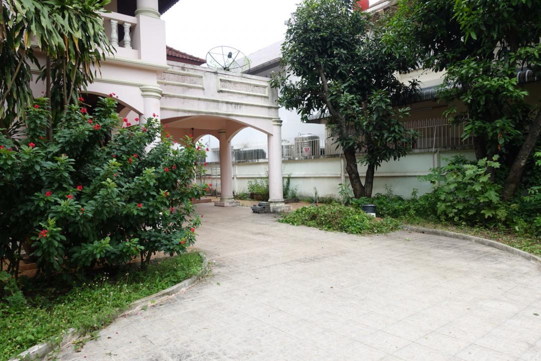 ขายบ้านรัชดา ห้วยขวาง : FF188 ขายบ้านเดี่ยว 2 ชั้น ใกล้ MRT สุทธิสาร 143 ตารางวา ถนนสุทธิสารวินิจฉัย