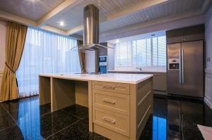 For RentCondoSukhumvit, Asoke, Thonglor : Condo for rent Le laffene sukhumvit 31, Duplex room with private pool, city view, 11D floor