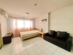 For RentCondoLadprao101, The Mall Bang Kapi : Condo for rent at Lumpini Center Nawamin, near The Mall Bangkapi