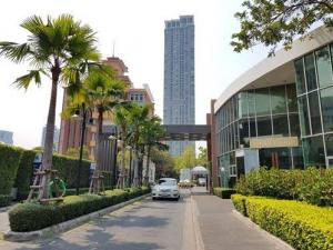For SaleCondoSapankwai,Jatujak : Condo for sale, Rhythm Phahon-Ari, 45 sq.m., 23rd floor, beautiful view, price with special conditions, near BTS Saphan Khwai - Ari. And Bang Sue Central Railway Station Opposite Wimut Hospital Foreign quota