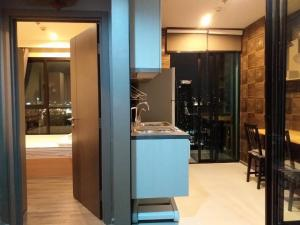 For SaleCondoOnnut, Udomsuk : For sale, The Base Park West Condo, size 30.49 sqm, 1 bedroom, 1 bathroom, 10th ++ floor, City view, price 3.45 million, transfer fee half per call 093-028-1245id line: properagency