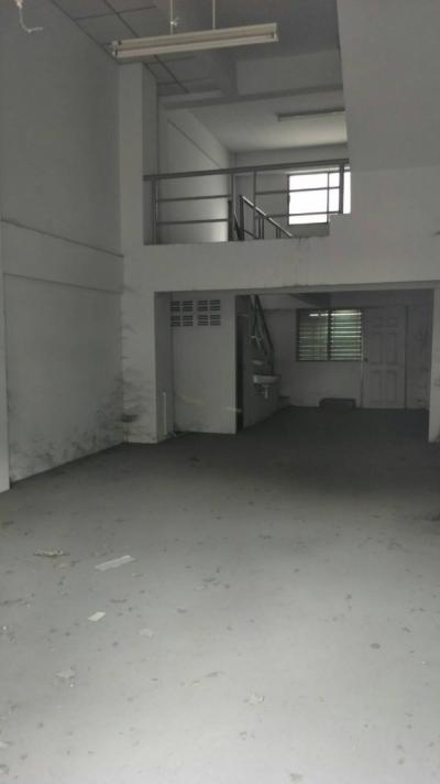 ขายอาคารพาณิชย์ ตึกแถว 4 ชั้น (ซอยอัมพรไพศาล)