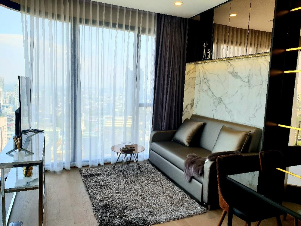 For RentCondoSiam Paragon ,Chulalongkorn,Samyan : For rent, Ashton Chula 2 bedrooms, million views, ten thousand digits rental, airy curtains available.