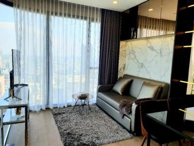 For RentCondoSiam Paragon ,Chulalongkorn,Samyan : Rent Ashton Chula 2 bedrooms, million views, ten thousand digits rental, with airy curtains.