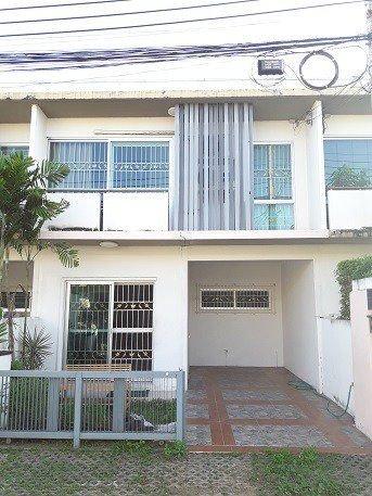 For RentTownhouseLadprao 48, Chokchai 4, Ladprao 71 : RT184 Townhouse for rent, Plan City Village, Ladprao 71, Nak Niwat 48.