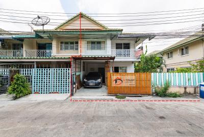 ขายบ้านสำโรง สมุทรปราการ : ขาย บ้านแฝด พฤกษา 15 โครงสร้างบ้านดีแข็งแรง มีพื้นที่ใช้สอยบริเวณรอบบ้าน 30ตร.ว.