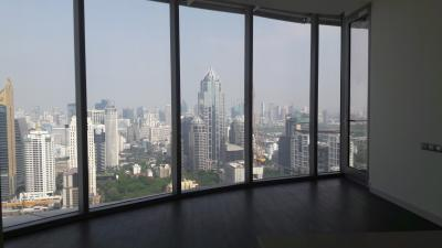 ขายคอนโดวิทยุ ชิดลม หลังสวน : **For Sale !!** Magnolias Ratchadamri Boulevard 2 bedroom 89.40 sqm high floor, City View, Corner unit