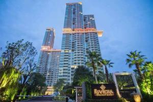 For SaleCondoChonburi, Pattaya, Bangsa : The Riviera Wong Amat