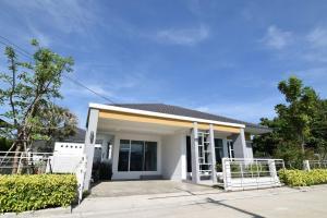 ขายบ้านระยอง : บ้านเดี่ยว มี clubhouse ระยอง ทำเลดี ติดถนนใหญ่ ใกล้เมือง ห้างสรรพสินค้า
