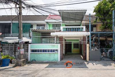 ขายบ้านเสรีไทย-นิด้า : ขาย บ้าน 2 ชั้น ซอยเสรีไทย37 ถนนเสรีไทย ต่อเติมสร้างด้านหลังเต็มพื้นที่ 42ตร.ว