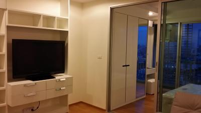 For RentCondoLadprao, Central Ladprao : Abstracts Phahonyothin Park: 1 bed 38 sqm, 31st Floor ,furnished condo Rented 15,000.00Bahts