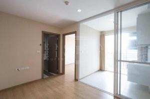 For Sale The Base Sukhumvit 77 ( 35 square metres )