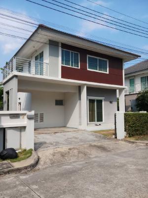For SaleHouseRamkhamhaeng,Min Buri, Romklao : Beautiful house for sale with tenants, definitely get 360,000 baht back, resort atmosphere. best location