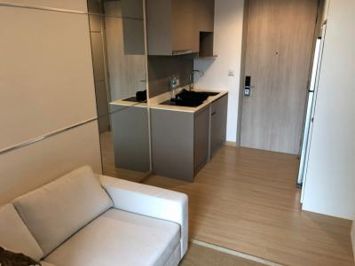 เช่าคอนโดอ่อนนุช อุดมสุข : Whizdom Connect @ Punnawith BTS Station for Rent 1 BR. 28sqm. 20fl. Fully furnished.