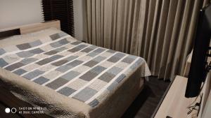 เช่าคอนโดพระราม 9 เพชรบุรีตัดใหม่ : ขาย/ปล่อยเช่า the line asoke ratchchada ห้องมุม ชั้น 8 35.23 ตร.ม. 1 bed fully furnished วิวดี