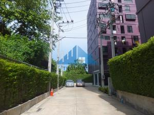 For SaleCondoRathburana, Suksawat : The Privacy Condo, Prachauthit, 8th floor, Building A, beautiful corner room, ready to move in. The project is on the main road. Pracha Uthit 21-23, the cheapest sale in the project