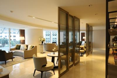 For RentCondoWitthayu,Ploenchit  ,Langsuan : Magnolias Ratchadamri Boulevard, 2 high floor bedrooms
