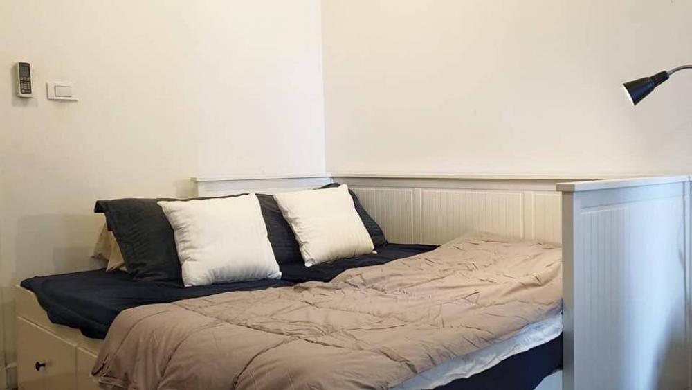 ขายคอนโด The Room สาทร -ตากสิน ขนาด 46 ตร.ม 1 ห้องนอน 1 ห้องน้ำ ราคา 4 ล้านบาท รวมโอน 095-9571441