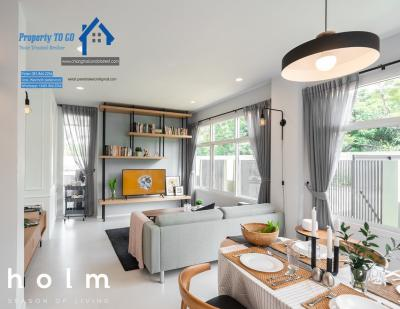 For SaleTownhouseChiang Mai : Selling a luxury twin home townhome, Chiang Mai 35 sq.w. near Ruamchok market, Modern Scandinavia style 5,655,000 baht (new home with a). House for sale in Chiang Mai.