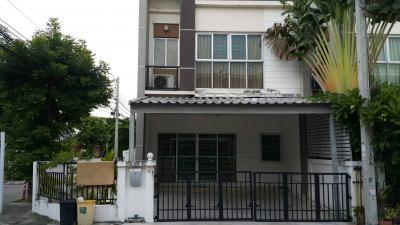 For RentHouseLadkrabang, Suwannaphum Airport : ให้เช่าทาวน์เฮ้า หมู่บ้านนาราทาวน์ (ถนนกาญจนาภิเษก ใกล้เมกะบางนา) บ้านมุม