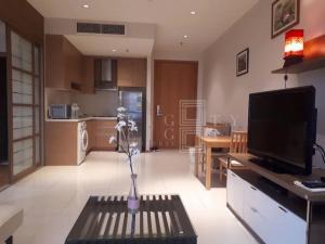 เช่าคอนโดสุขุมวิท อโศก ทองหล่อ : For Rent The Emporio Place ( 48.4 square metres )